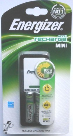 Energizer Mini Battery Charger includes 2 AA 2000mAh Batteries